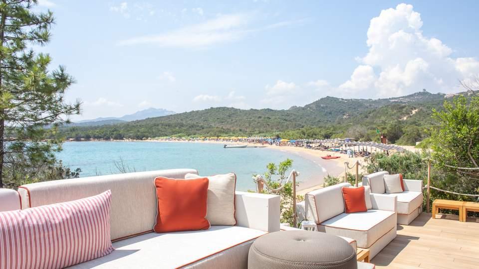 LUX_OLBLC_Restaurant_Cala_Beach_Club.jpg