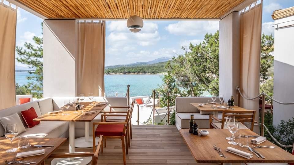 cala beach club (6).jpg